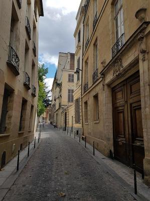 800px rue ferou paris