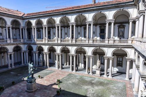 Milan pinacotheque de brera cour interieure